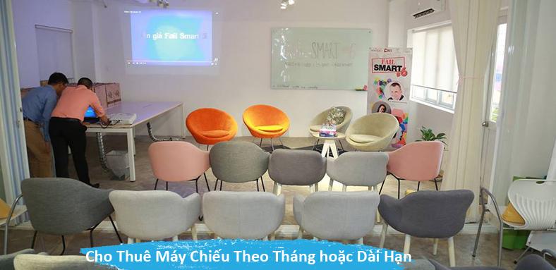 cho-thue-may-chieu-dai-han-hcm